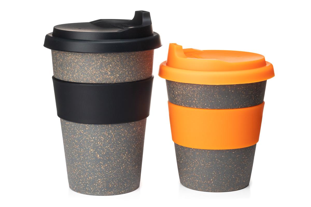 Чашка с силиконовой крышкой
